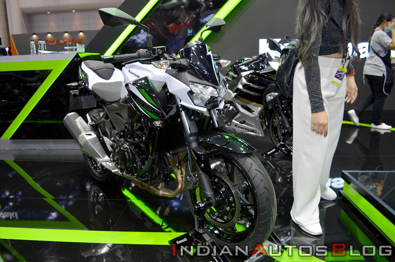 Honda CB300R nhập khẩu tư nhân giá 135 triệu đồng về Việt